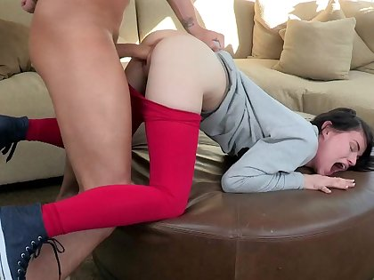 Huge cock did not fit in her tight little pussy