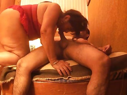 Amateur sex addicted MILF homemade porn