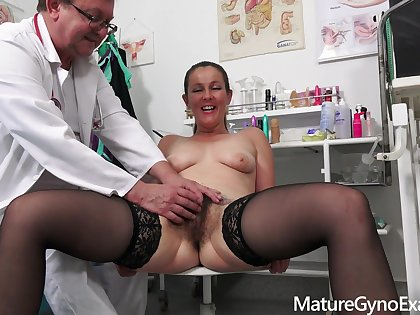 Gyno Exam peel adjacent to naughty MILF Valentina Ross
