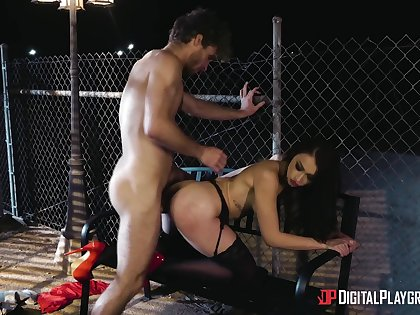 Man sticks entire cock in babe's thick ass then cums in her
