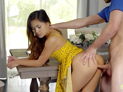 Fetching girl with sexy arse Elle Voneva is into fucking with well hung stud